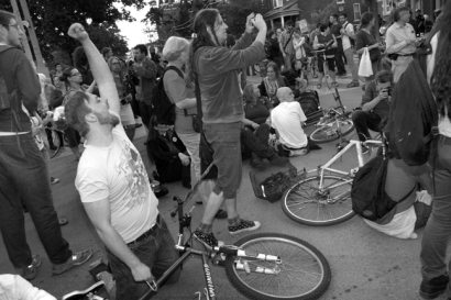 Intersection Sit-in